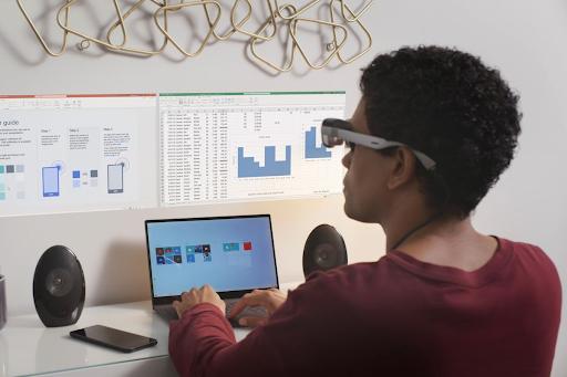 AR Smart Viewer multiple displays