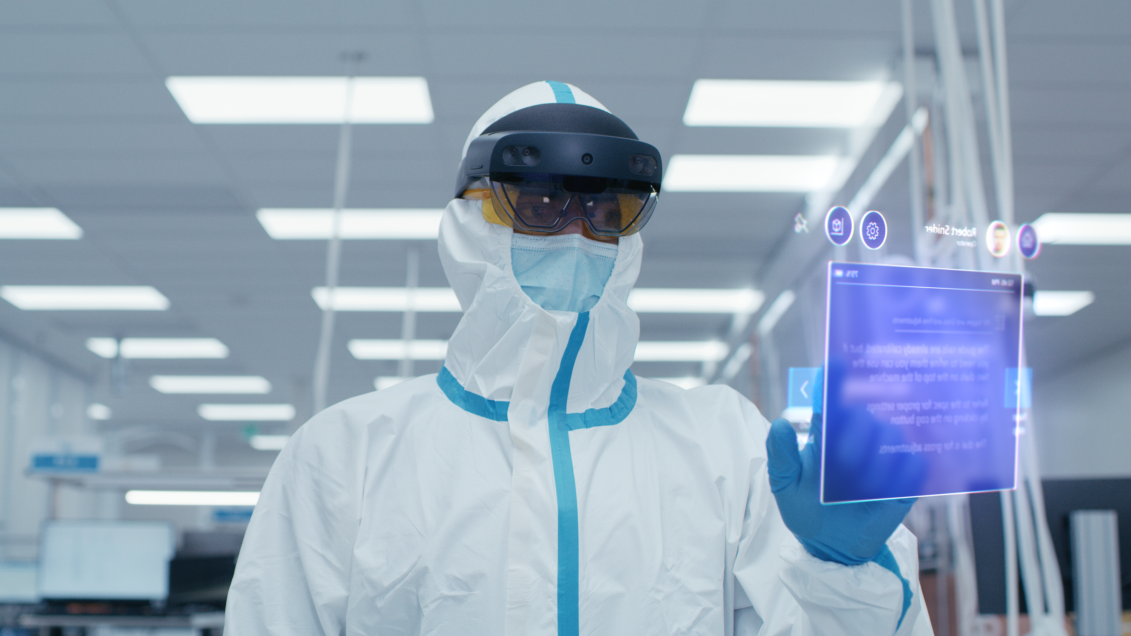 HoloLens 2 Industrial Edition in cleanroom